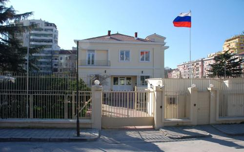 Здание российского посольства в Тиране