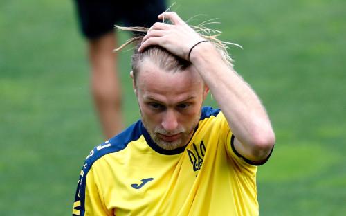 Фото: Роман Безус на тренировке сборной Украины (ТАСС)