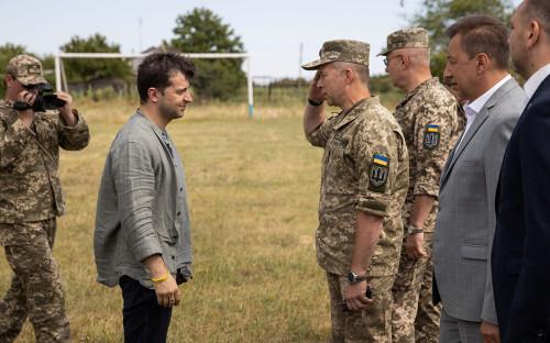 Шойгу ответил «даже думать об этом не хочу» на вопрос о войне с Украиной