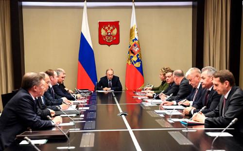 Владимир Путин с постоянными членами Совета безопасности