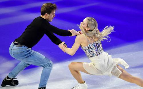 Фото: Виктория Синицина и Роман Кацалапов (Фото: AP)