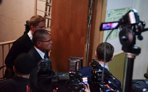 <p>Министр экономического развития Алексей Улюкаев в&nbsp;Басманном суде</p>  <p></p>