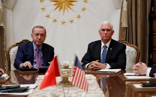 Реджеп Тайип Эрдоган (слева) и МайклПенс