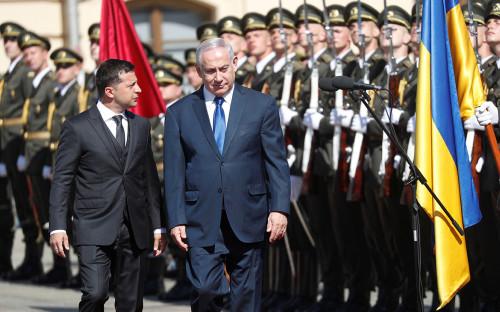 Владимир Зеленский (слева) и Биньямин Нетаньяху