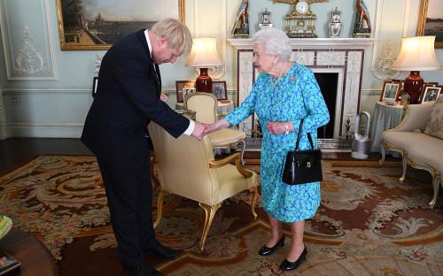 СМИ сообщили об обсуждении Борисом Джонсоном внеочередных выборов