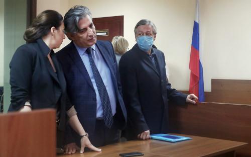 Елизавета Шаргородская,Эльман Пашаев иМихаил Ефремов