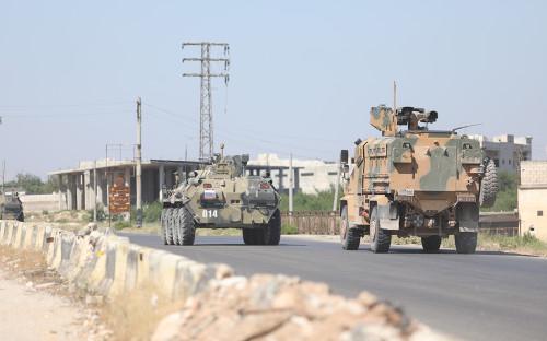 <p>Российско-турецкое патрулирование в&nbsp;Идлибе</p>