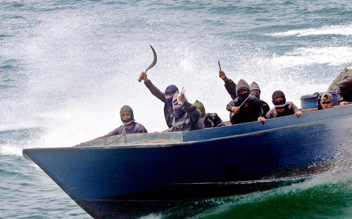 В посольстве сообщили о поисках захваченных пиратами россиян в Камеруне