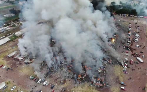 <p>Взрыв произошел в&nbsp;32&nbsp;км от&nbsp;мексиканской столицы Мехико</p>