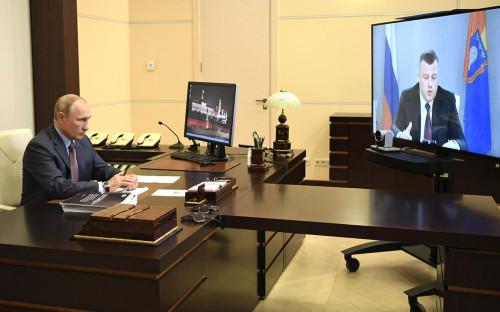 Владимир Путин во время рабочей встречи с Александром Никитиным