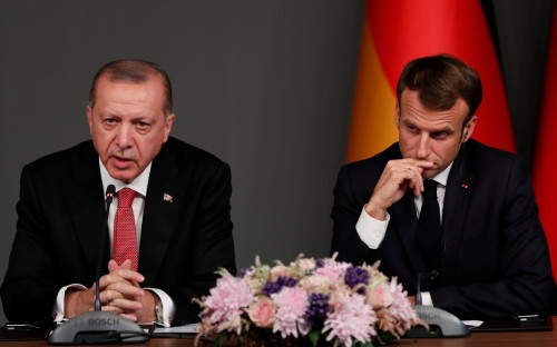 Президенты Турции и Франции Реджеп Тайип Эрдоган и Эмманюэль Макрон<br /> &nbsp;