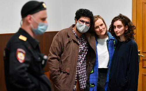 Армен Арамян, Наталья Тышкевич и Алла Гутникова (слева направо)