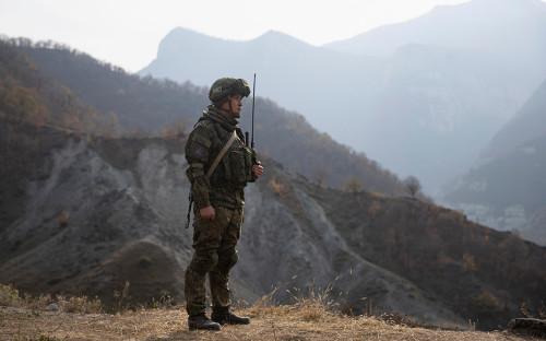 <p>Российские миротворцы в Нагорном Карабахе</p>