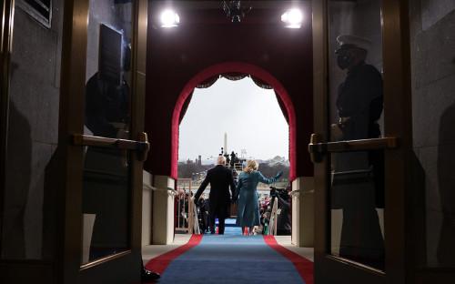 Джо Байден и Джилл Байден прибывают на инаугурацию