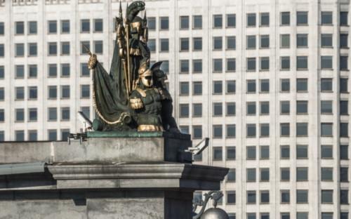 Фото:Здание Правительства России (Фото: Global Look Press)