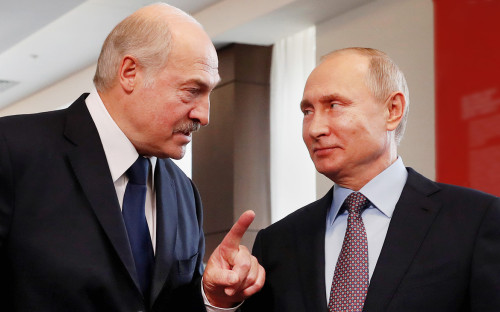 <p>Александр Лукашенко и&nbsp;Владимир Путин</p>