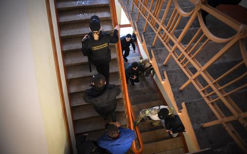 <p>Задержанные украинские моряки в Лефортовском суде Москвы</p>