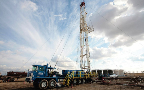 <p><b>Key Energy Services Inc. (США)</b><br /> Нефтесервисная компания<br /> <br /> <b>Время начала расследования:</b> н/д<br /> <b>Кто инициировал расследование:</b>SEC<br /> О начале расследования деятельности компании в России на предмет возможного нарушения антикоррупционного законодательства США Key Energy Services Inc. сообщила в мае 2014 года. Компания заявила, что очень серьезно относится к подозрениям регулятора и начала проверку по сведениям, полученным от надзорного ведомства. &laquo;Мы оказываем Комиссии полное содействие в расследовании и предоставляем данные нашей проверки&raquo;, &ndash; подчеркнула Key Energy. Также она сообщила, что расследование не окажет негативного эффекта на ее финансовое положение, операционные результаты или движение денежных средств. Key Energy специализируется на обслуживании нефтяных и газовых скважин и буровых установок. В России работает ее 100%-ное дочернее предприятие ООО &laquo;Геострим&raquo;, оказывающее услуги по бурению, капитальному ремонту скважин и созданию систем разработки месторождений.</p>