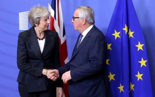 Премьер-министр Британии Тереза Мэй и президент Еврокомиссии Жан-Клод Юнкер
