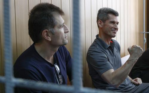 Магомед Магомедов и Зиявудин Магомедов (слева направо)