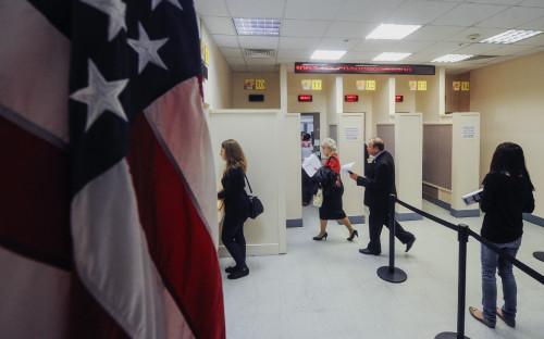 «Бесчеловечное правило» администрации Трампа оспорили в суде 13 штатов