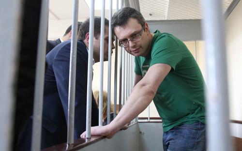 <p>Денис Никандров</p>  <p></p>