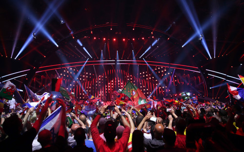 Публика на финале 63-го ежегодного песенного конкурса «Евровидение-2018»