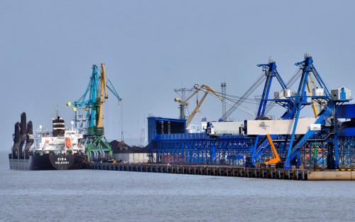 Порт Усть-Луга