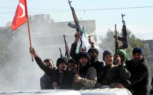 О необходимости провести военную операцию против сирийских курдов 13 января заявил президент Турции Реджеп Эрдоган. Спустя несколько дней министр обороны Нуреттин Каникли заявил, что его армия готова начать боевые действия против курдов, позиции которых находятся в приграничном районе Африн на северо-западе Сирии. Он отметил, что курдские бойцы создают для Турции реальную и постоянно растущую угрозу.
