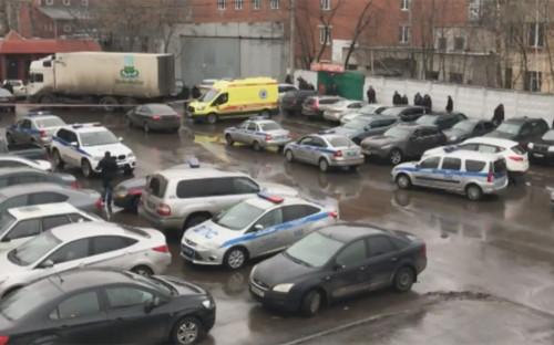 <p>Сотрудники полиции на месте происшествия</p>  <p></p>