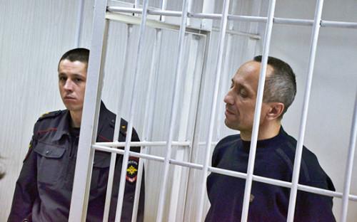 <p>Михаил Попков (справа)</p>  <p></p>