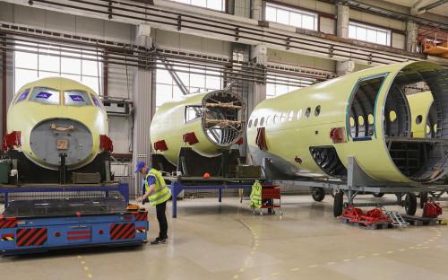 <p>Производство самолетов Sukhoi Superjet 100</p>