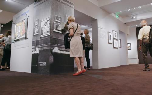 """Документальный фильм режиссера Клаудио Поли &laquo;Похищенные сокровища Европы&raquo; рассказывает о пяти выставках картин и предметов искусства, которые были украдены и вывезены нацистами в годы Второй мировой войны. Его мировая премьера состоялась в марте 2018 года, в России выход картины был приурочен к 73-й годовщине окончания Второй мировой войны.<br /> 5 сентября прокатчик картины CinemaEmotion сообщил, что<br /> Минкультуры <a href=""""https://www.rbc.ru/society/05/09/2018/5b8f37b39a7947023635b38e?from=main"""">отказало</a> фильму в прокатном удостоверении. Как <a href=""""https://www.rbc.ru/society/05/09/2018/5b8f9f4b9a7947194464b133?from=main"""">рассказали </a>в ведомстве, картина получит прокатное удостоверение, а задержка была связана с проведением дополнительной экспертизы, так как в фильме есть сцены, в которых присутствует изображение свастики."""