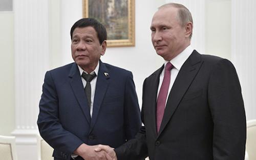 <p>Родриго Дутерте и Владимир Путин</p>  <p></p>