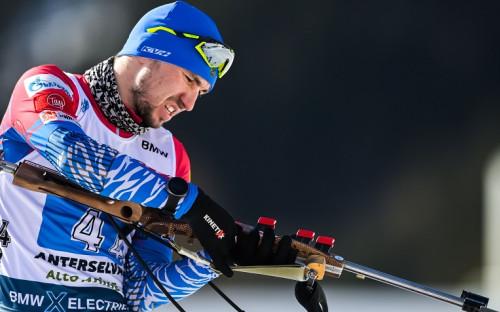 Лидер сборной России по биатлону Александр Логинов