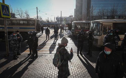 МИД счел нерабочей «санкционную кнопку» ЕС после решения по Навальному