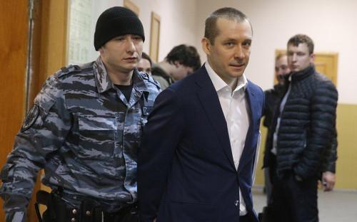 Полковник Дмитрий Захарченко в Басманном суде. Март 2017 года