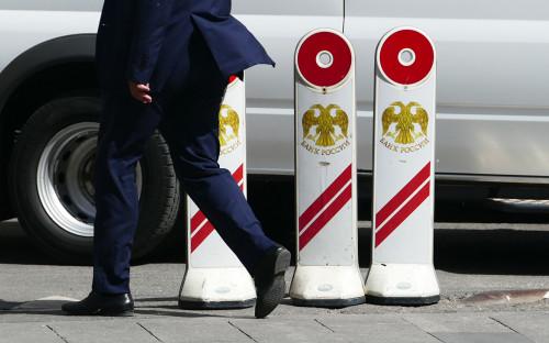 Банки пожаловались Мишустину на идею запретить «антиотмывочные» комиссии
