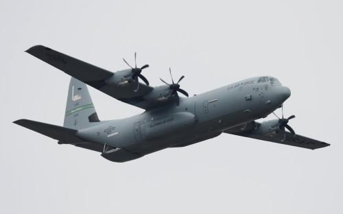 Транспортный самолет C-130. KC-130 — его модификация, предназначенная для дозаправки самолетов