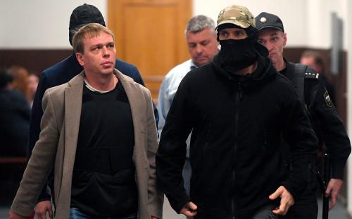 Иван Голунов (слева)