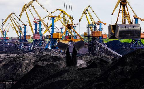 Украина введет дополнительные пошлины на товары из России