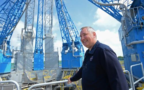 <p>Дмитрий Рогозин&nbsp;во время рабочей поездки на космодром Восточный</p>