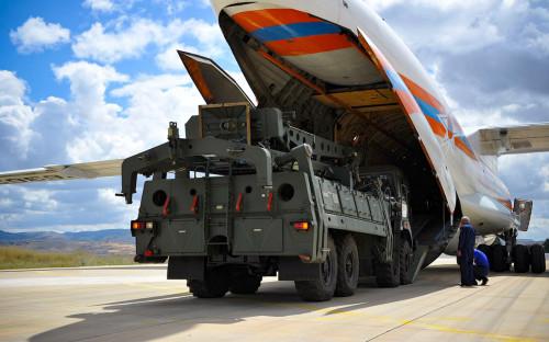 Зенитно-ракетный комплексС-400