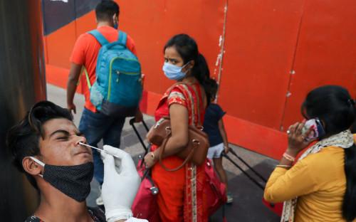 В ВОЗ заявили о росте заболеваемости коронавирусом седьмую неделю подряд