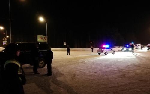 Полиция у аэропорта Ханты-Мансийска