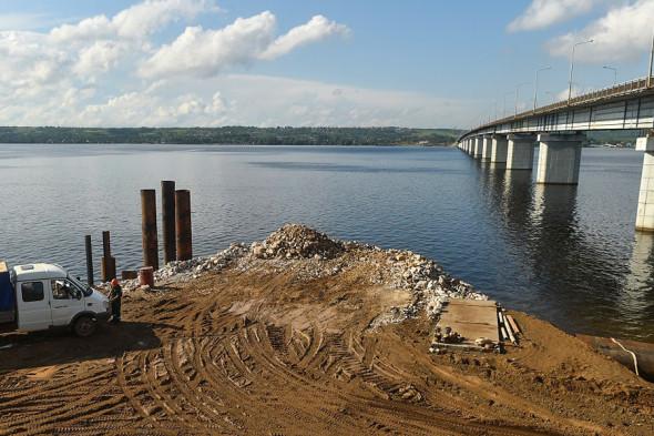 Строительство моста через реку Чусовая