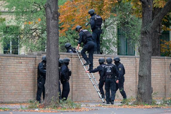 Фото:Sebastian Willnow / dpa via AP
