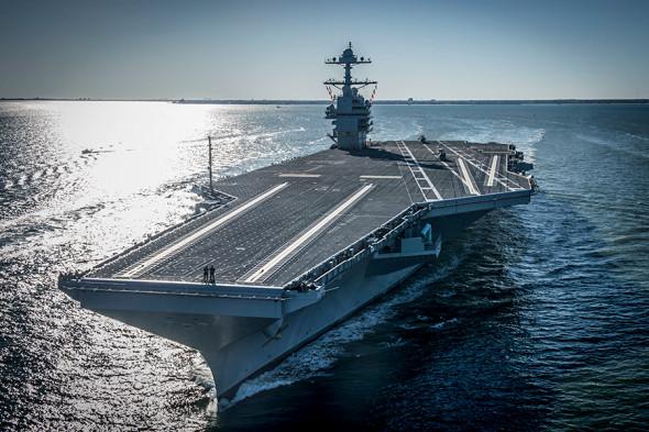 Фото:Ridge Leoni / U.S. Navy