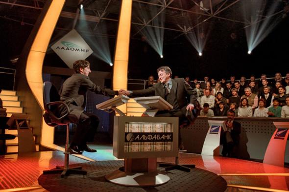 Умар Джабраилов участвует в шоу Дмитрия Диброва «О, Счастливчик!» на телеканале НТВ, Февраль 2000 года