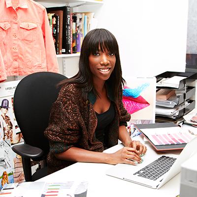 Ванесса Спенс дизайн-директор женской линии одежды
